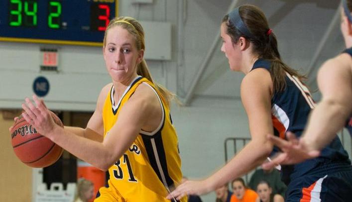 Women's Basketball Can't Hang on in Loss to Ranked Titans