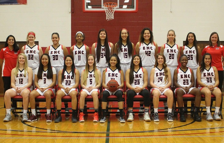 Women's Hoops Wins 56-45 Over Metropolitana in Puerto Rico