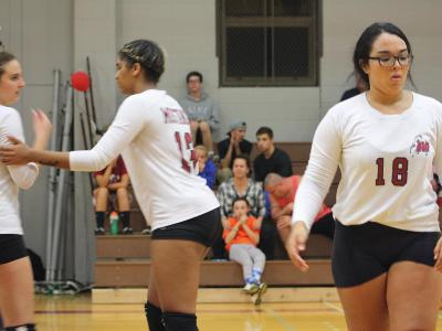 Women's Volleyball: Suffer 3rd loss of season