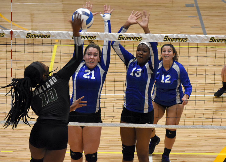 Lakers fall one set shy of qualify for nationals in District E championship loss to Mott