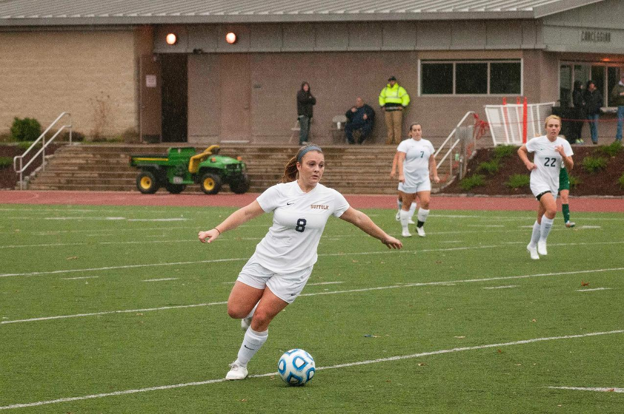 Women's Soccer Top Rivier 1-0