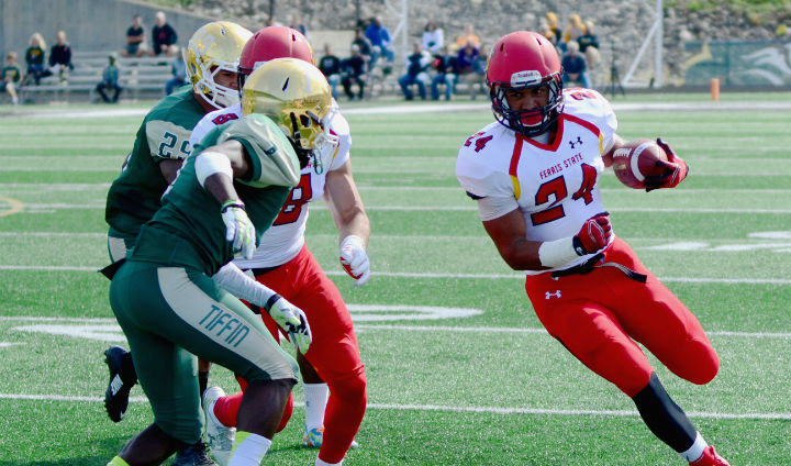 #4 Ferris State Explodes In 56-21 League Road Win At Tiffin