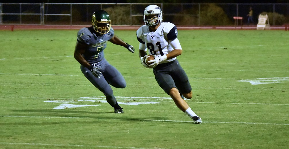 Receiver Bryson Ventura scored on an 11-yard run to put the Aztecs ahead in the first quarter but the Aztecs fell to Scottsdale Community College 34-21 on Saturday in Scottsdale. Photo by Ben Carbajal.