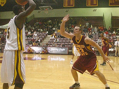 FSU senior guard Jon Yeazel pressures the ball versus CMU (Photo by Sandy Gholston)