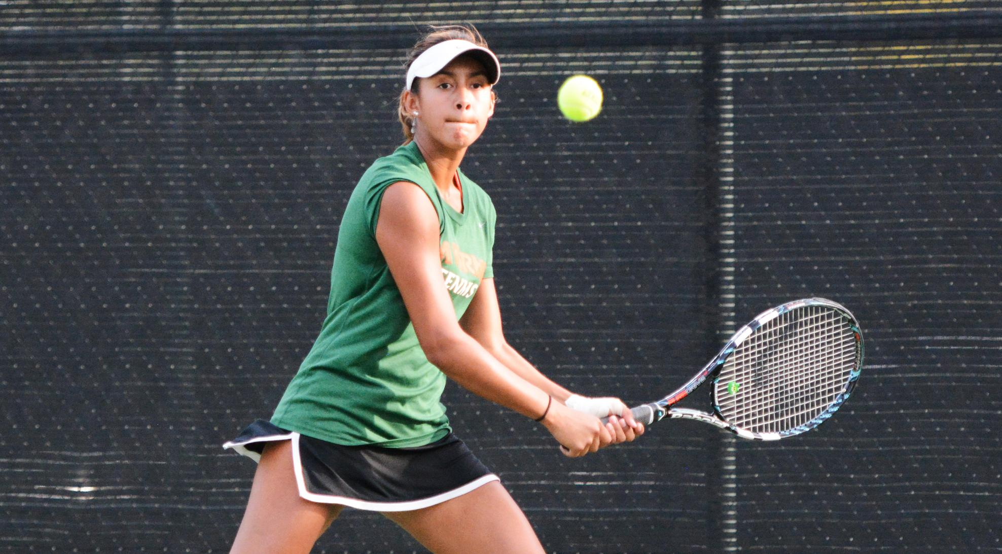 Tennis defeats Chapman, 7-2