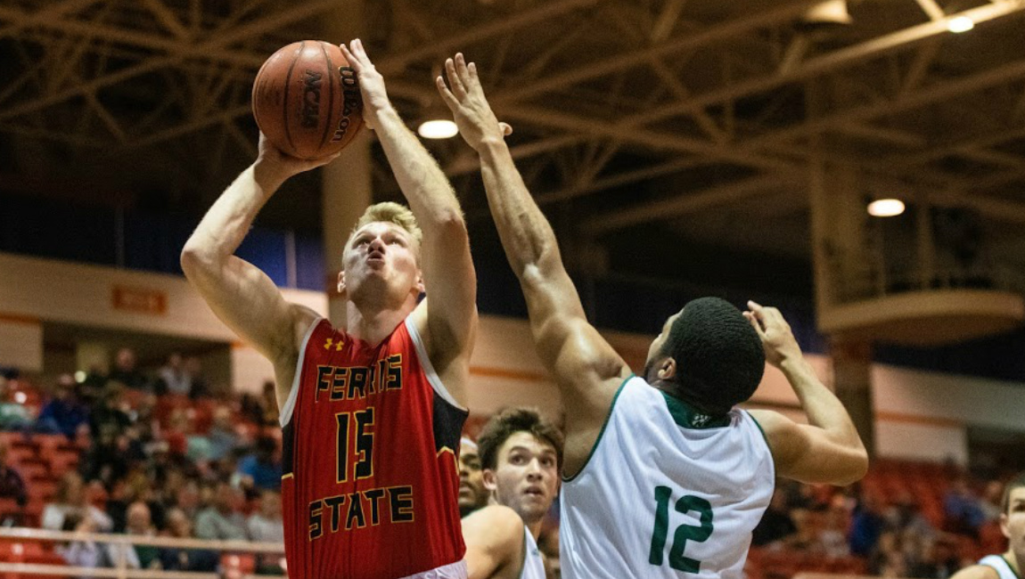 Second Half Rally Comes Up Short As #13 Ferris State Falls To #5 Northwest Missouri State
