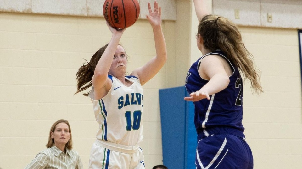 Salve Regina junior guard Mary Rorke led all players with 16 points in a loss to Curry College. (Photo by Rob McGuinness)