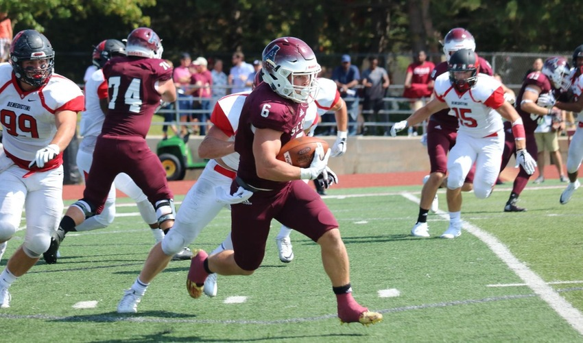 Reinhart scores four times as Football team hangs on to ground Eagles