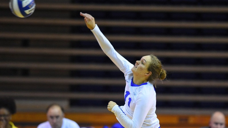 Kaprelyan's Triple-Double Leads Volleyball Past Iona, 3-1