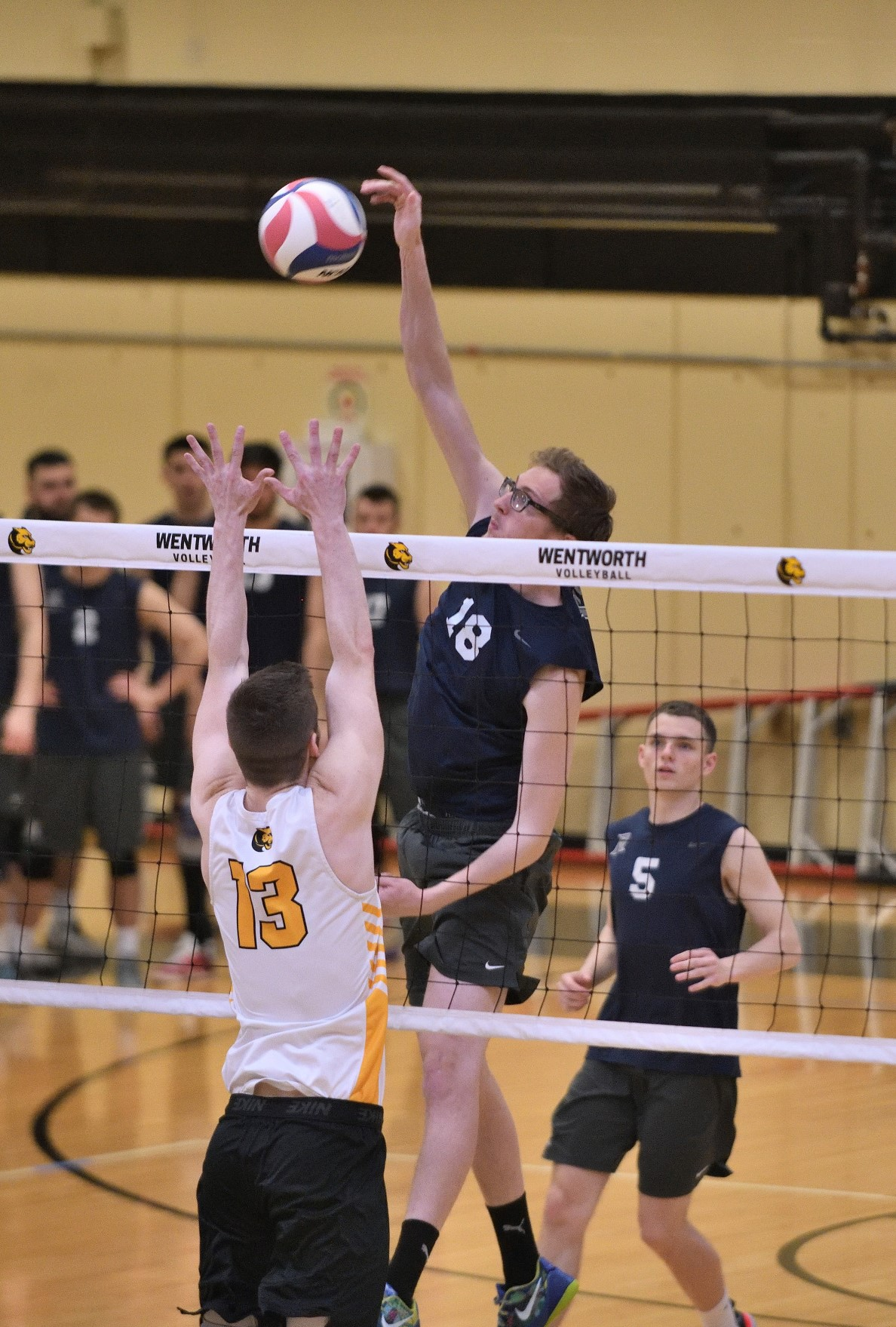 Men's Volleyball: Raiders remain undefeated in GNAC play.