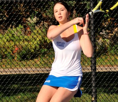 Women's Tennis Beats Saint Anselm, 7-2