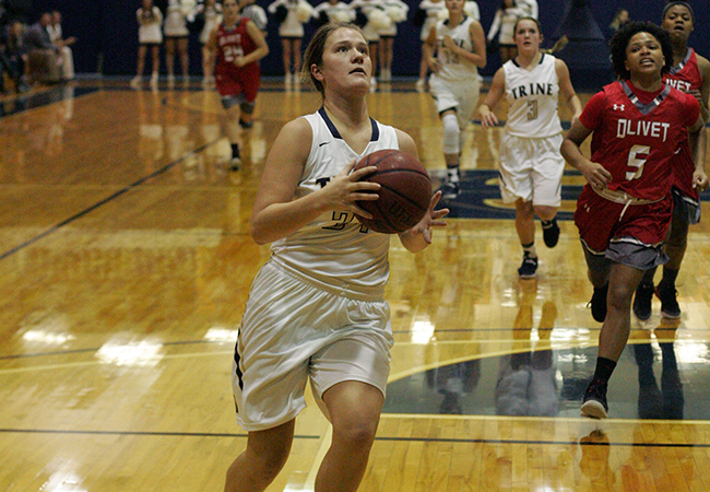 Trine Stays Unbeaten With Blowout Against Oberlin