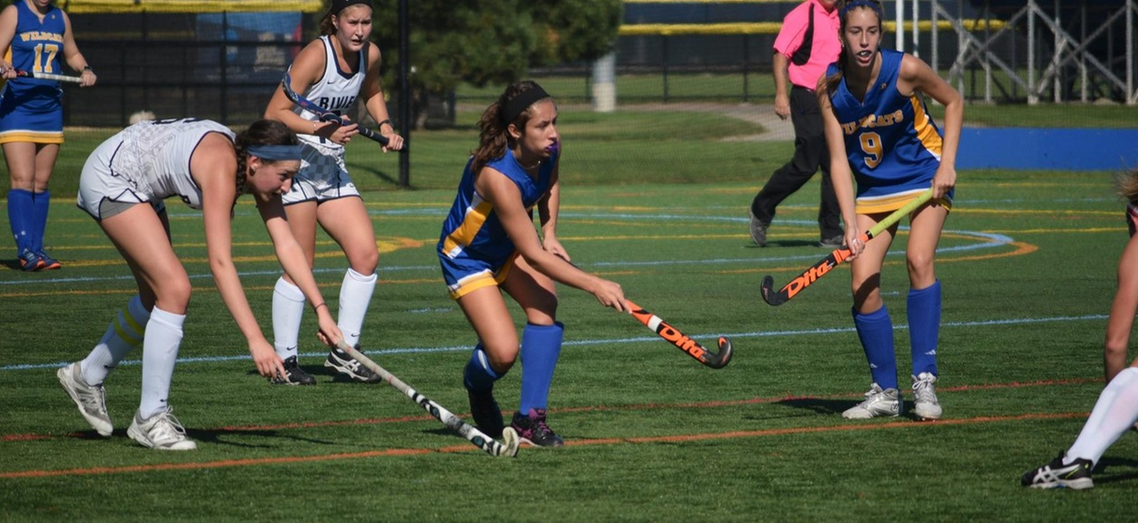 Field Hockey Drops 8-2 Decision Against Roger Williams