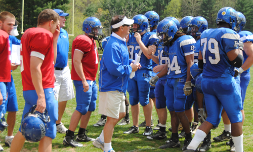 Coach Hamilton and the team at the 2009 Spring Football Game