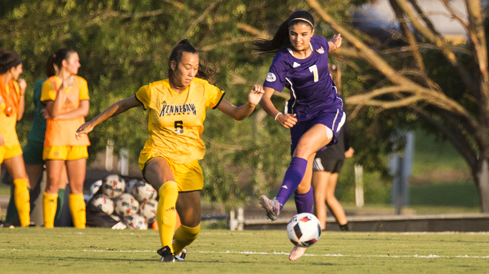 Kennesaw State edges Tech, 2-1, in exhibition action Tuesday night