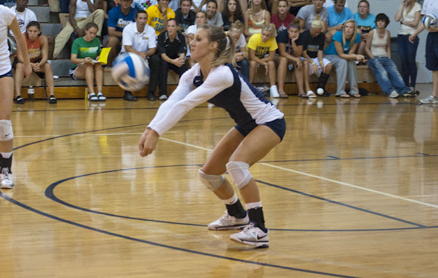 Cobras Fall to IUP 3-0