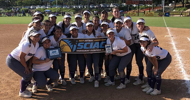 Whittier Clinches SCIAC Softball Postseason Tournament Crown