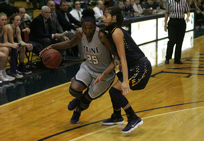 Women's Hoops Win Big Against Kalamazoo