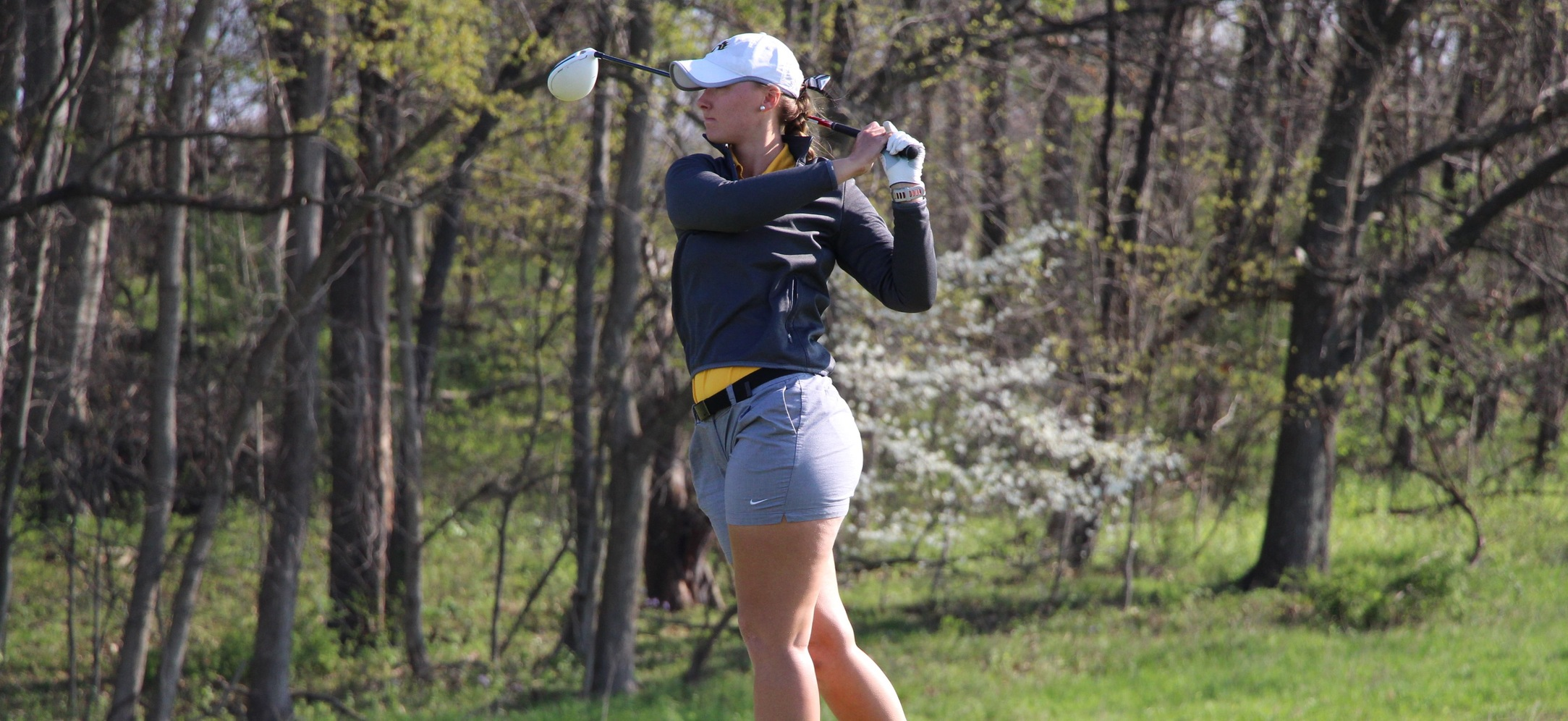 Trio Finishes In Top 15 As Women's Golf Places Third At Great Midwest Fall Invite