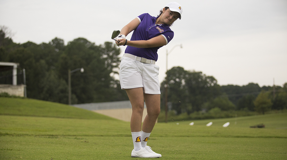 Golden Eagles in sixth place headed into final round of Chris Banister Fall Classic
