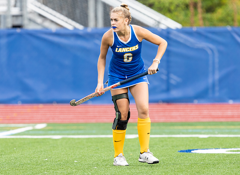Field Hockey Clinches MASCAC Regular Season Title with Win over Framingham