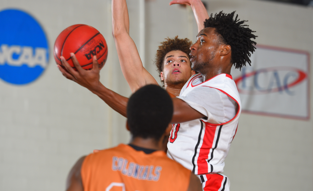 MBB Tops Elms for Third Straight Win