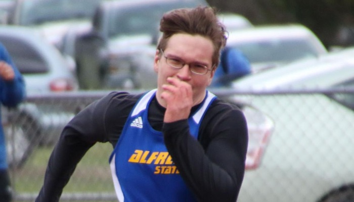 Track & Field Records Strong Performances at Brockport