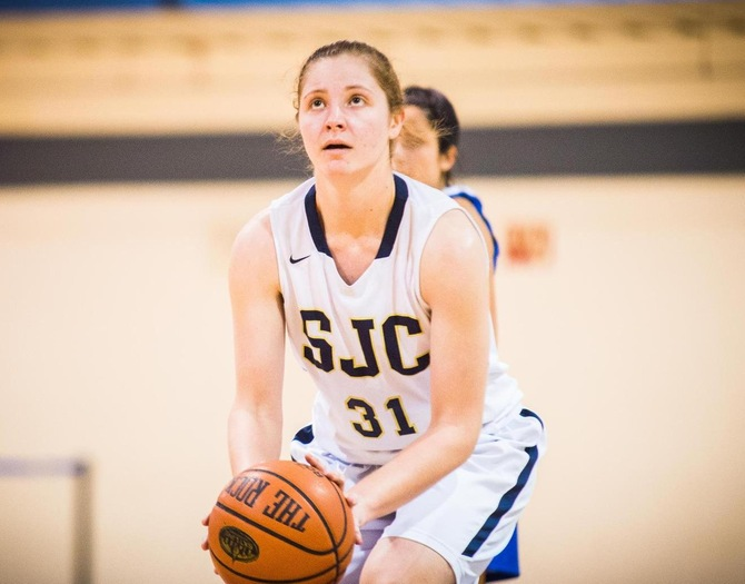 Iavarone Notches Fifth Double-Double in Women's Basketball's Loss to Mt. St. Vincent