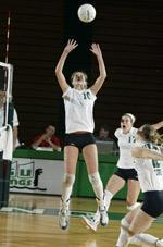 Women's Volleyball Closes Out Regular Season On Friday