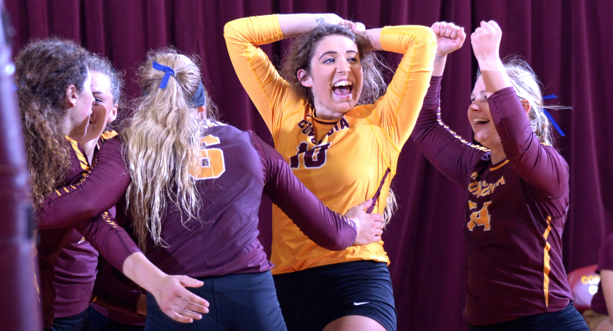 Cobber senior Stephanie Baker (#10) led Concordia in digs in their sweep at Macalester.