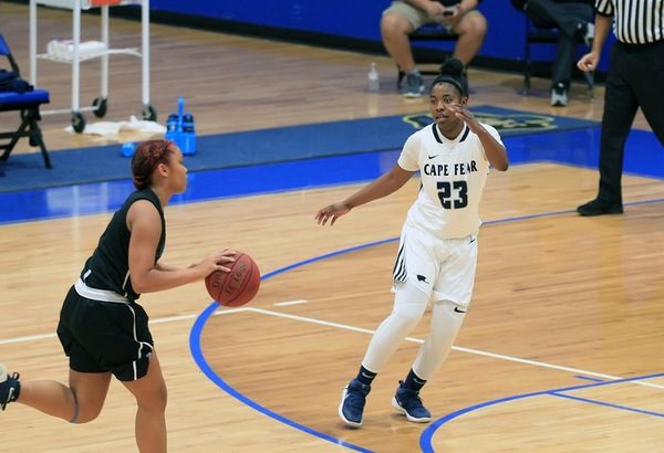 Women's Basketball Defeats Guilford Tech