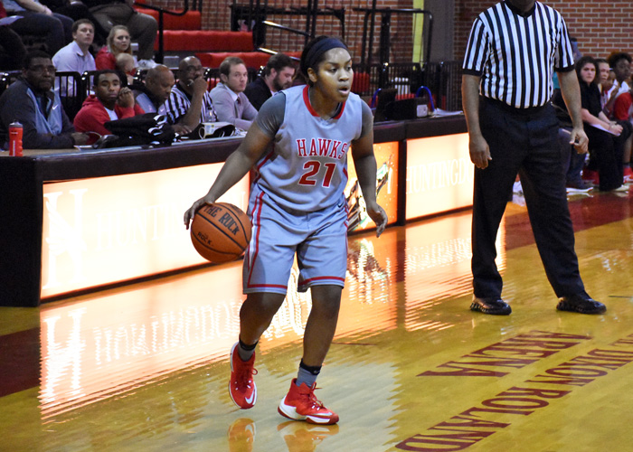 Jello Weatherspoon scored 18 points and had four assists in Saturday's loss to Maryville.