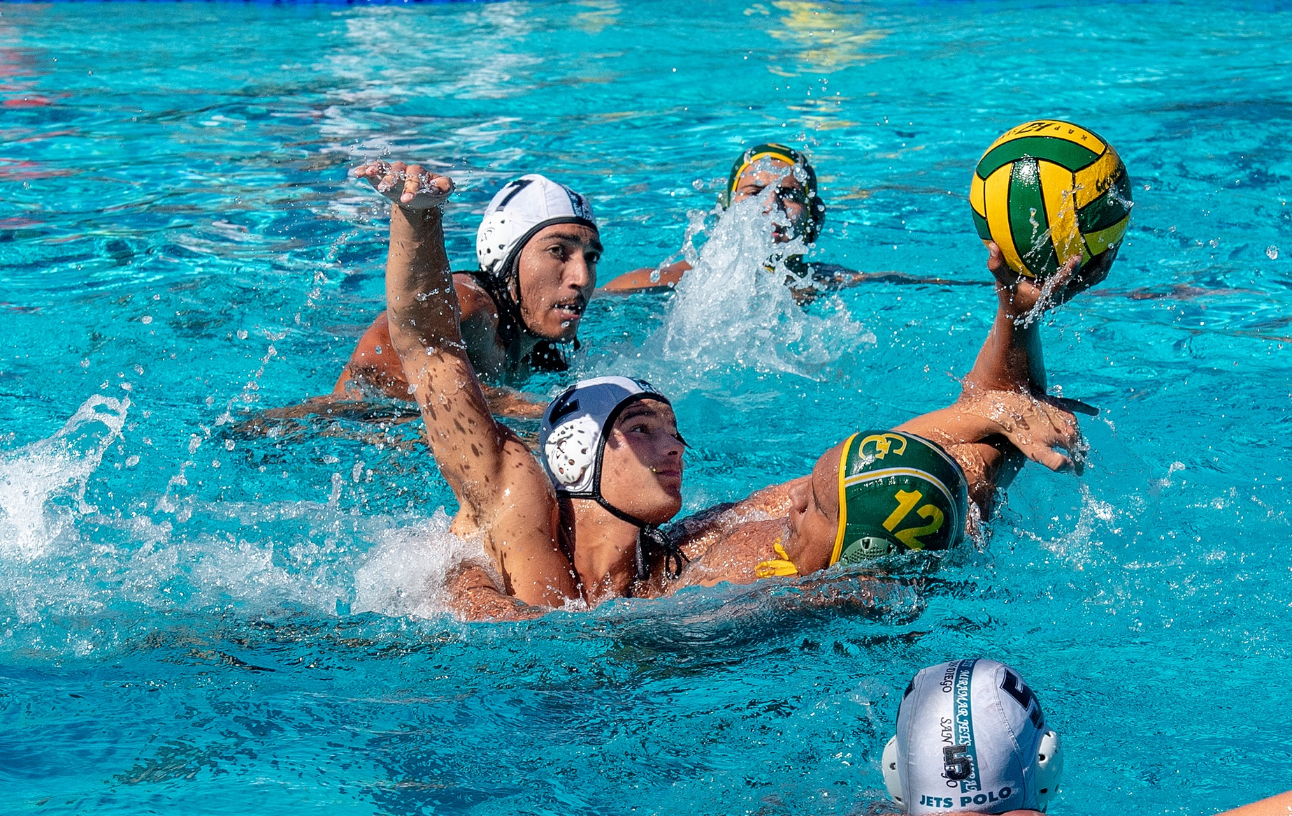 MEN'S WATER POLO WITH ITS FIRST LOSS