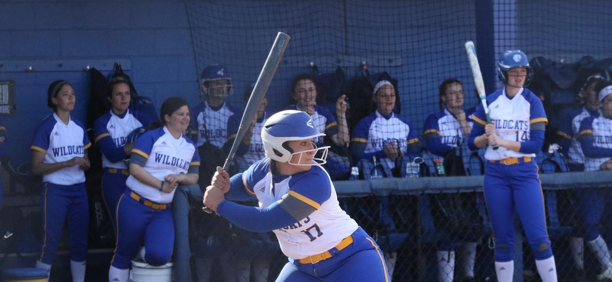 Wildcats Sweep Doubleheader at Simmons