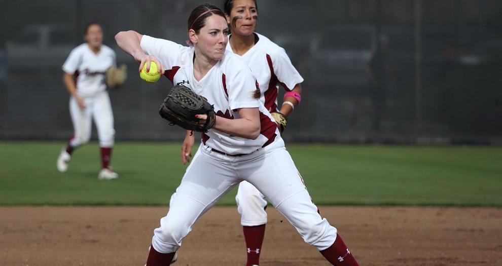 Softball Falls in Walk-Off at Cal Poly