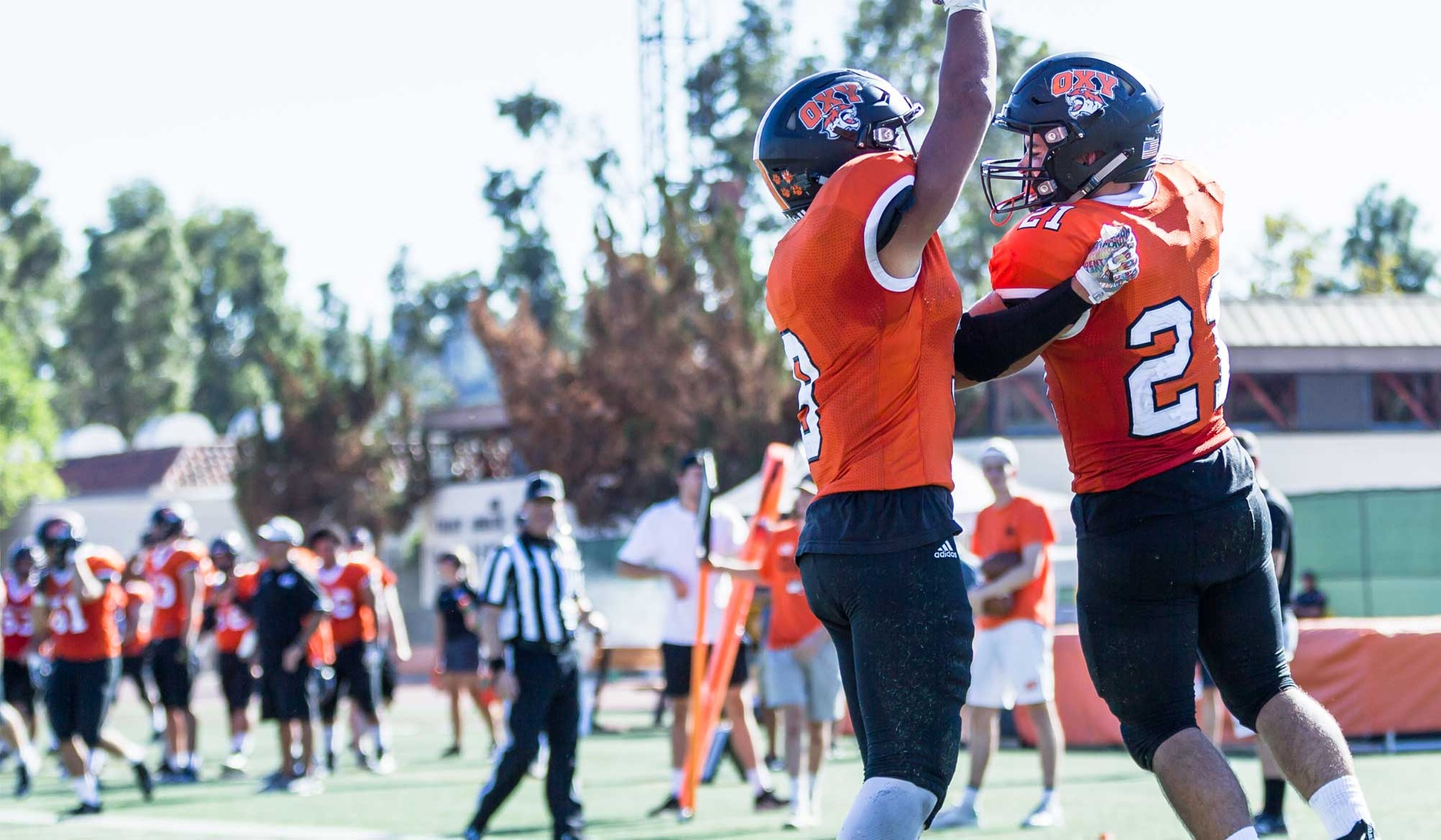 Oxy Facing Pomona-Pitzer in Battle for the Drum
