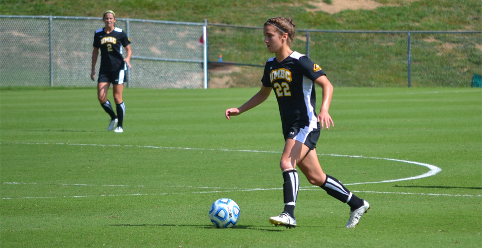 Women's Soccer Comes Up Short in AEC Opener Versus Vermont, 2-1