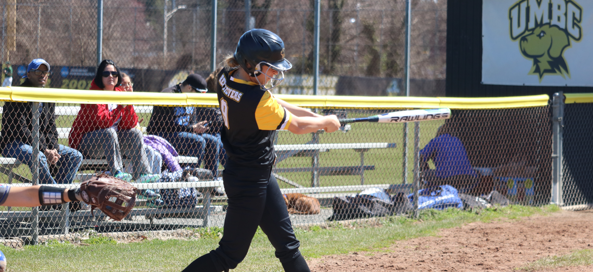 Softball Travels to Hartford for Three-Game Set