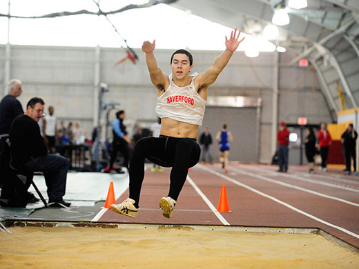 Ainsley rides season bests to Day 1 lead of Centennial championship heptathlon