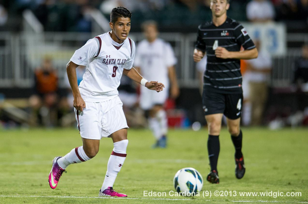 Men's Soccer Tops UC Irvine 2-1 with Late Goal by Harrison Hanley
