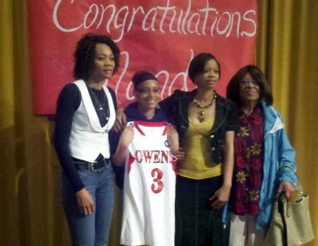 Nandi Taylor, second from left, is pictured with her mother, her aunt and her grandmother during the signing ceremony. Photo courtesy of Owens Sports Information