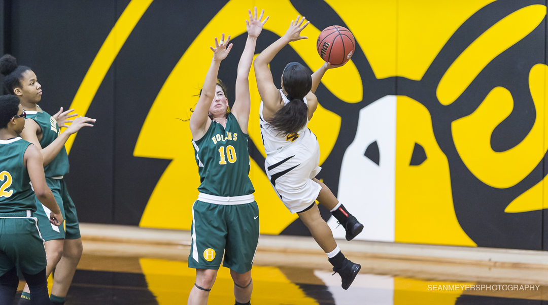 Pfeiffer Sets Two New Records as They Dominate Mary Baldwin 101-60