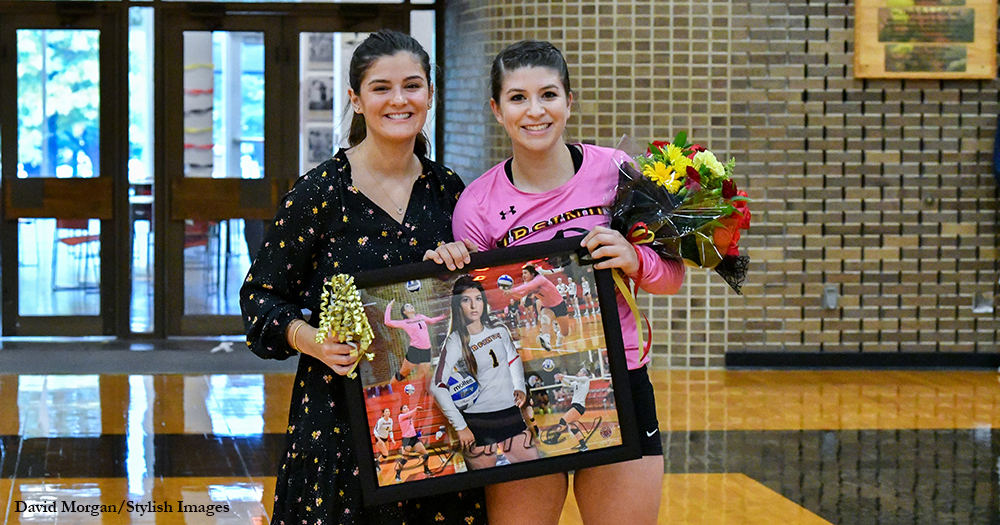 Volleyball Posts Senior Day Sweep