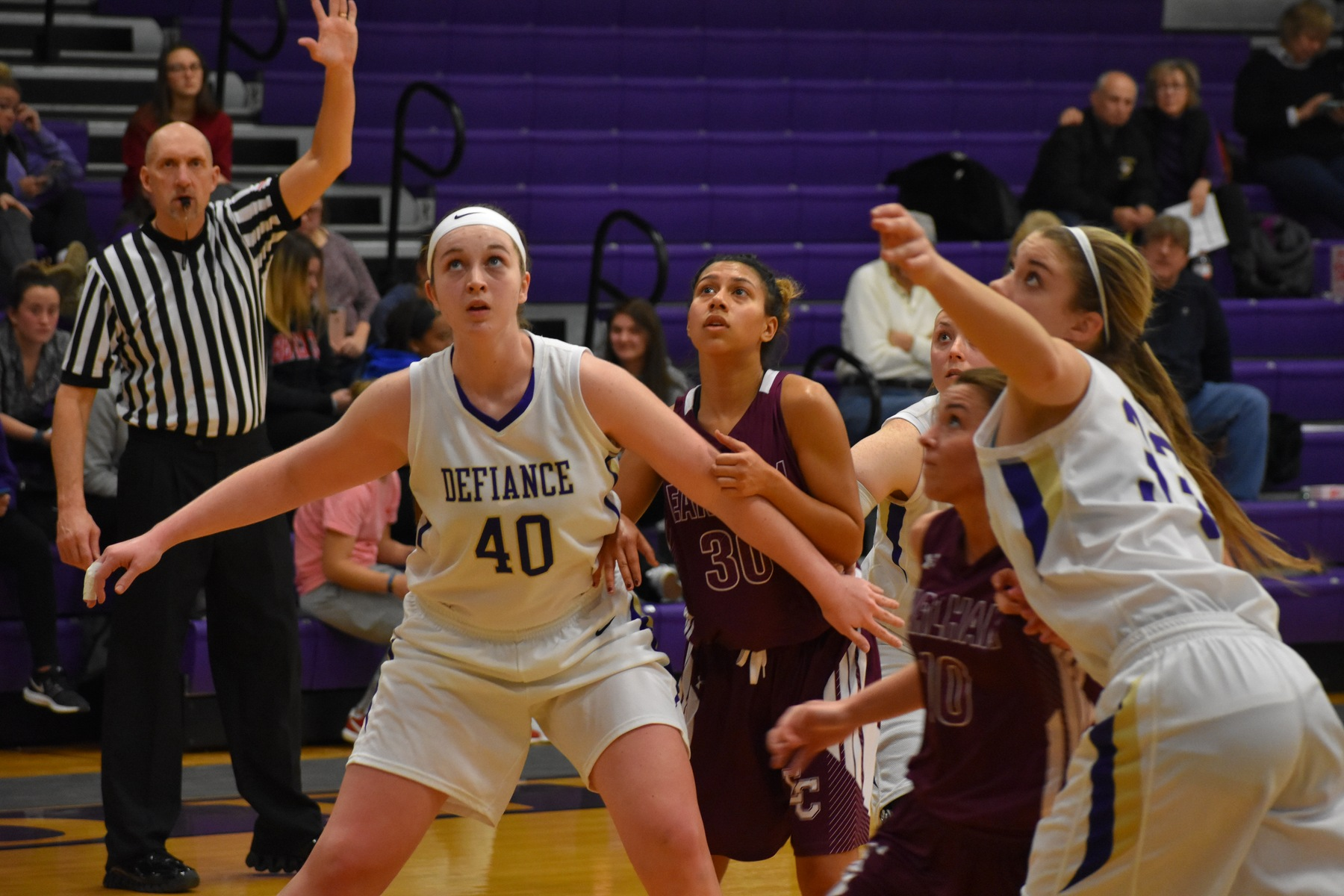 Shooting Woes Stifle Women's Basketball Against Earlham
