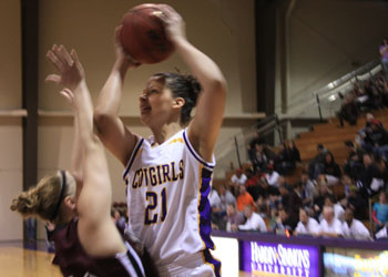 Cold Shooting Sinks Cowgirls