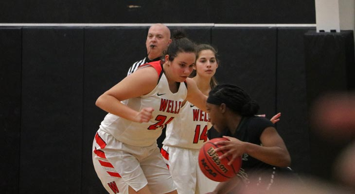 Women's Basketball Team Displays Second-Half Resiliency