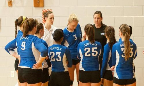Volleyball Opens 2014 Season at Bears Invitational