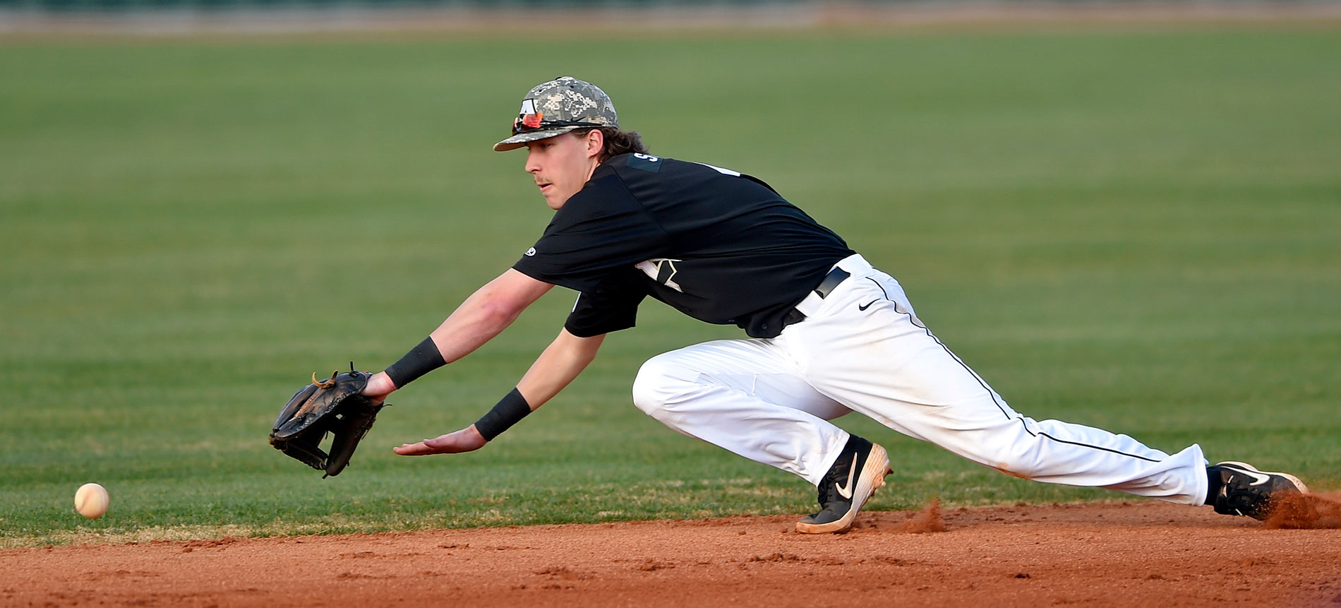 Jackson Strange's Home Run Propels Trojans to Doubleheader Split with Tusculum