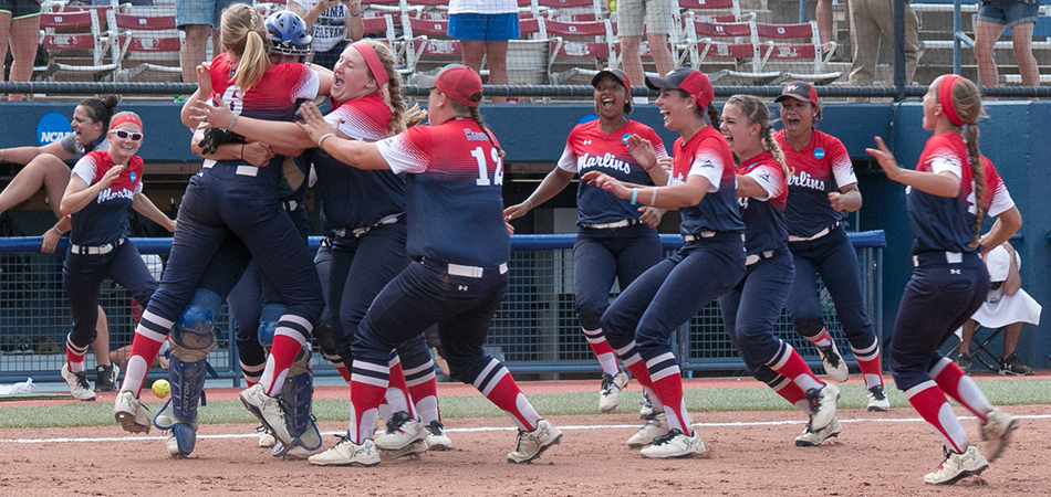 National Champion Marlins Finish No. 1 in NFCA Division III Top 25 Poll