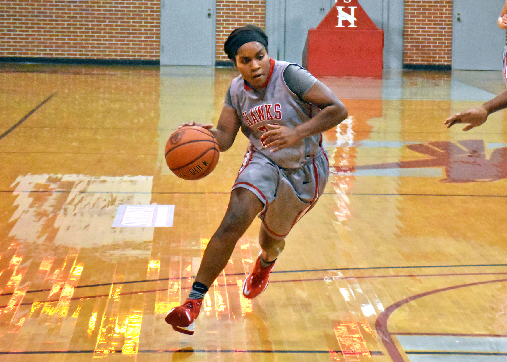 Senior Jello Weatherspoon led Huntingdon with 13 points in Tuesday's 55-39 loss to Berry. (Photo by Wesley Lyle)